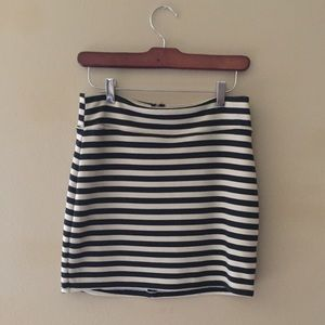 UO Silence and Noise Striped Miniskirt Medium